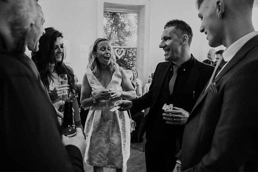 Wedding Magician - Jody Greig